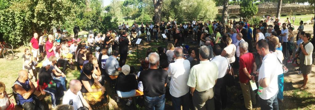 Un momento del concerto al Parco degli Acquedotti