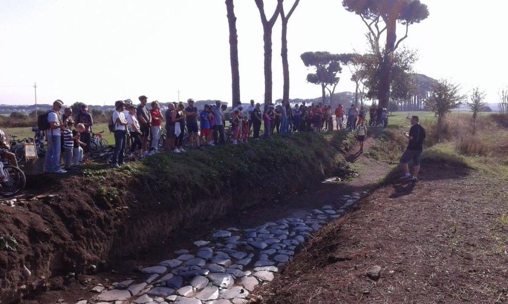 4/10/2014 Un momento dell'Archeo-pedalata, conclusione della Prima Settimana della Promozione Turistica del VII Municipio